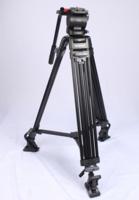 Sharing the use of camera tripod